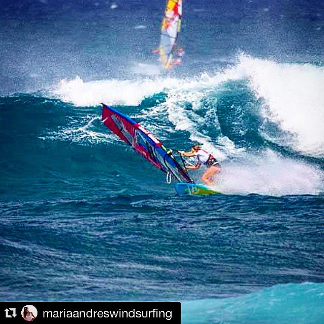 #Repost @mariaandreswindsurfing with @repostapp. ・・・ During the #alohaclassic #pwa 2014 ! What a perfect days we had during this event and the #americanwindsurfingtour ! Wish i had more days like that on my schedule :) Pic by jimmie hepp. #waveriding makes me #happy #fanatic #addictedtoride #livebythewalk #Satorisan #K4fins #reptilemasts #al360 #IONspain #ionactionsports #waves #surf #windsurf #pwagirls #surfgirls #elasradicais #windgirls